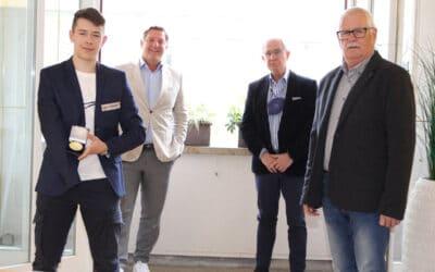 Ehrenzeichen für Youngster Noah Rainer